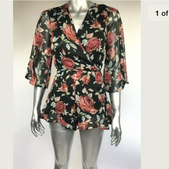 Band of Gypsies Pants - Band Of Gypsies Romper Floral Boho V Neck Size XS